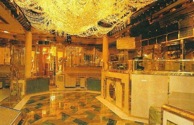 福岡 VERSAILLES PALACE(ヴェルサイユパレス)コレクション